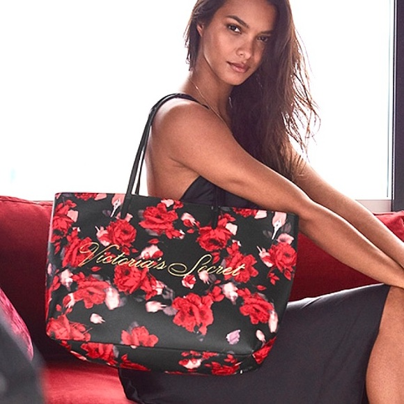 Victoria's Secret Handbags - BRAND NEW VICTORIA's SECRET Floral TOTE Bag Red